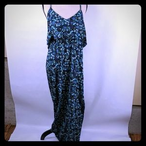 Lauren Conrad maxi dress size large blue floral